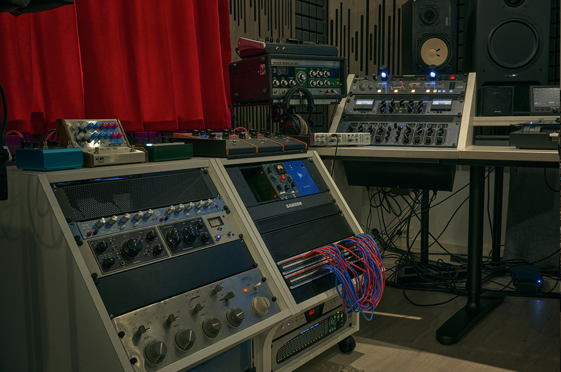 Wouter Hardy Music Producer Studio 03